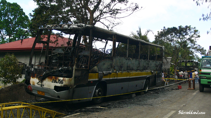 Bus - Burning suspects released