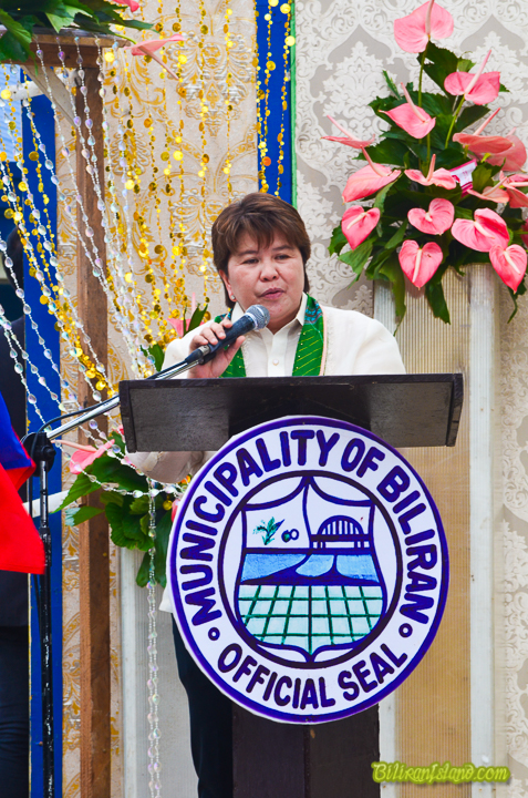 INAUGURATION. Biliran Mayor Grace J. Casil says in her inauguration message that the new town hall provides comfort and dignity of work for public servants, sense of belongingness for her constituents, and a source of strength and unity as a people, Biliran, Biliran, May 15, 2017.(rvictoria/PIA Biliran)